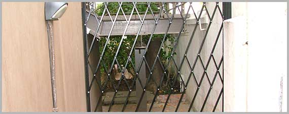 Trellis swing gate 2